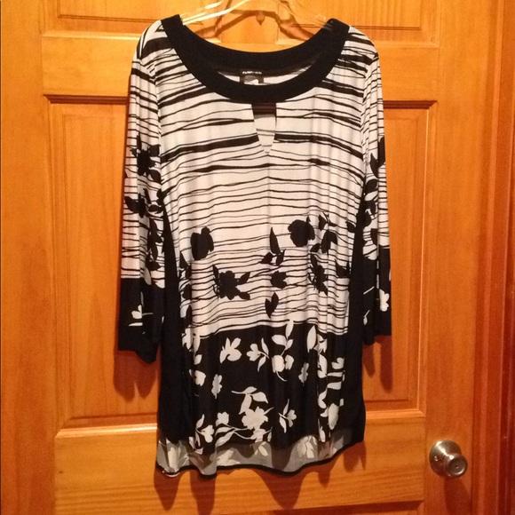 760709e015b9f Women s Plus Size Perseption blouse.